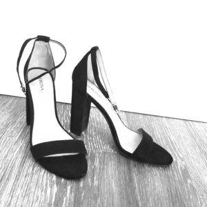 Merona Black Heel 8.5